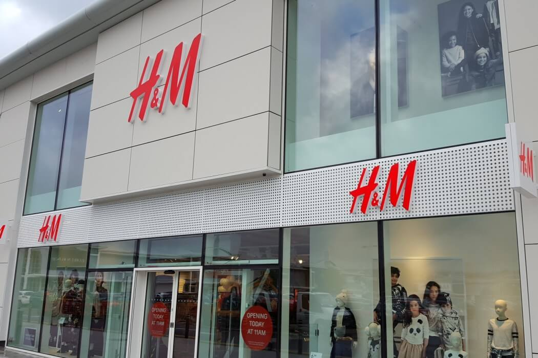 Oakwood's First H&M Store