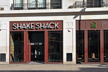 Restaurant Shopfitting London - Shake Shack