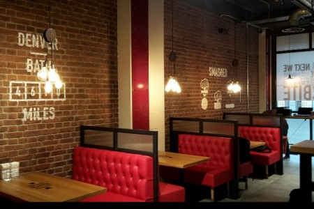 Oakwoods have recently completed a first project for Smashburger in Bath.