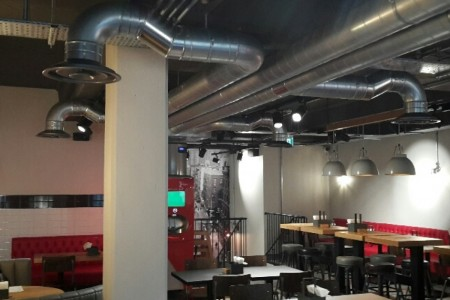 American burger chain Smashburger have engaged Oakwoods to fit-out their 4th UK restaurant in the historic city of Bath.