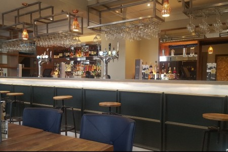 Chequers Hotel Newbury, Refurbishment, High-end, Bespoke Joinery, Bar