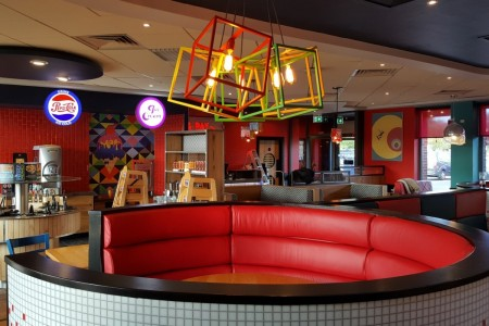 Oakwoods completed the refurbishment works at the Pizza Hut Restaurant at Roaring Meg Retail Park, Stevenage in 2 weeks.