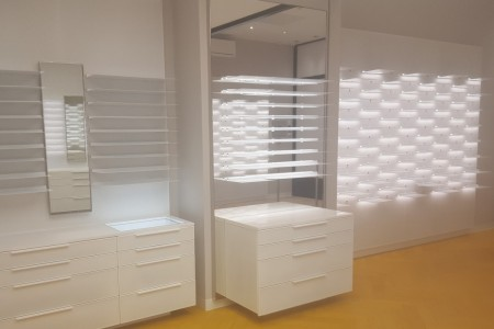 bespoke shopfitters london